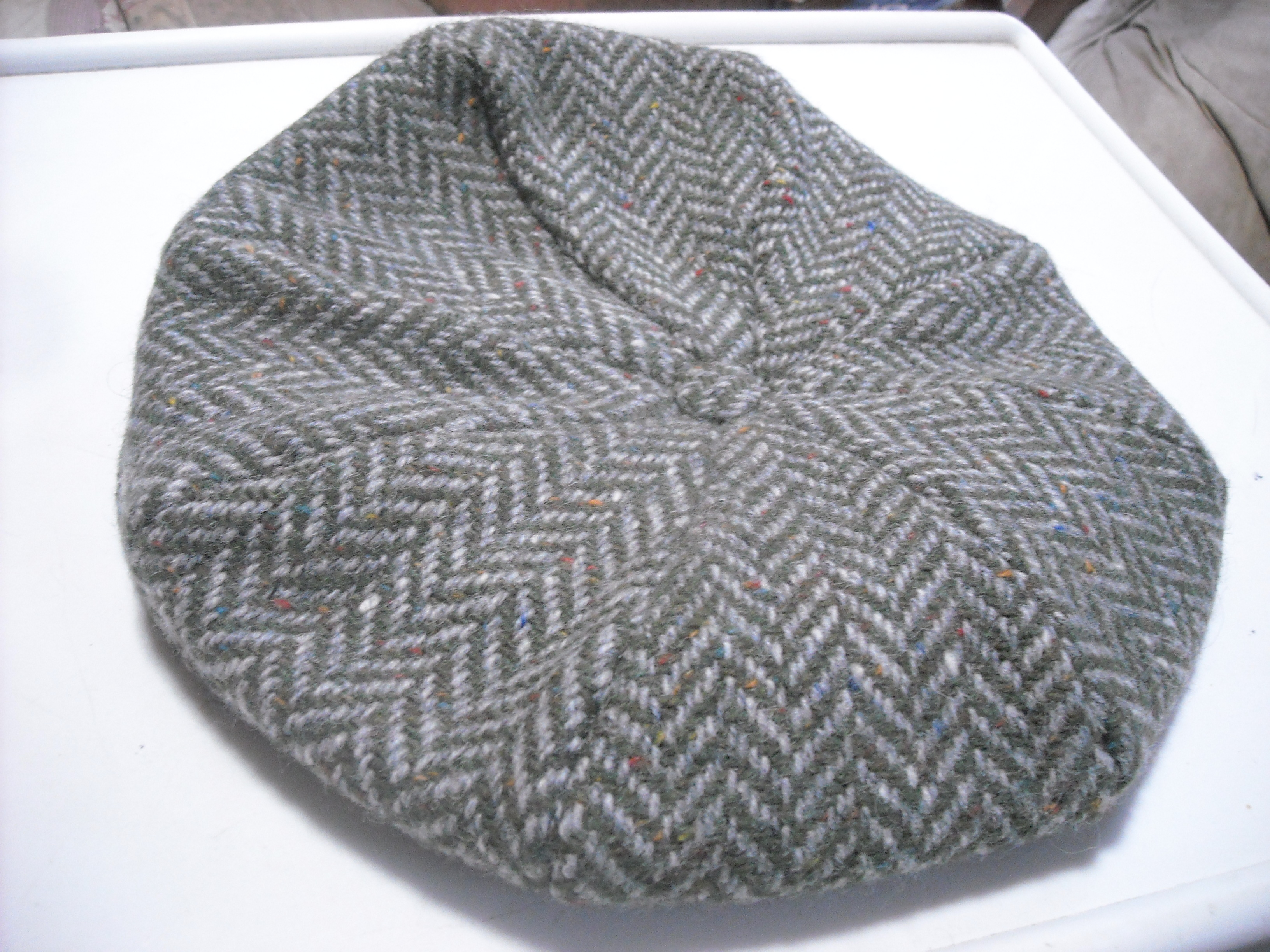 Eight Piece Cap Size large Herringbone Green